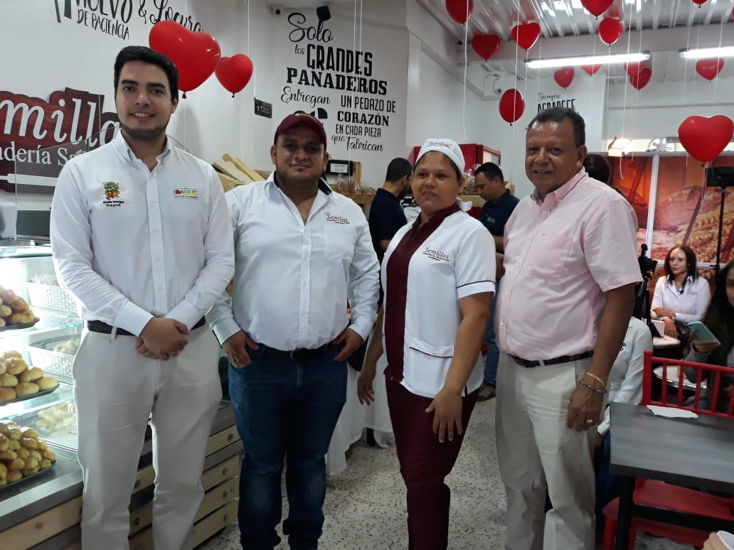 """""""Semillas panadería saludable"""", proyecto de Fondo Emprender, abrió sus puertas en Ibagué"""