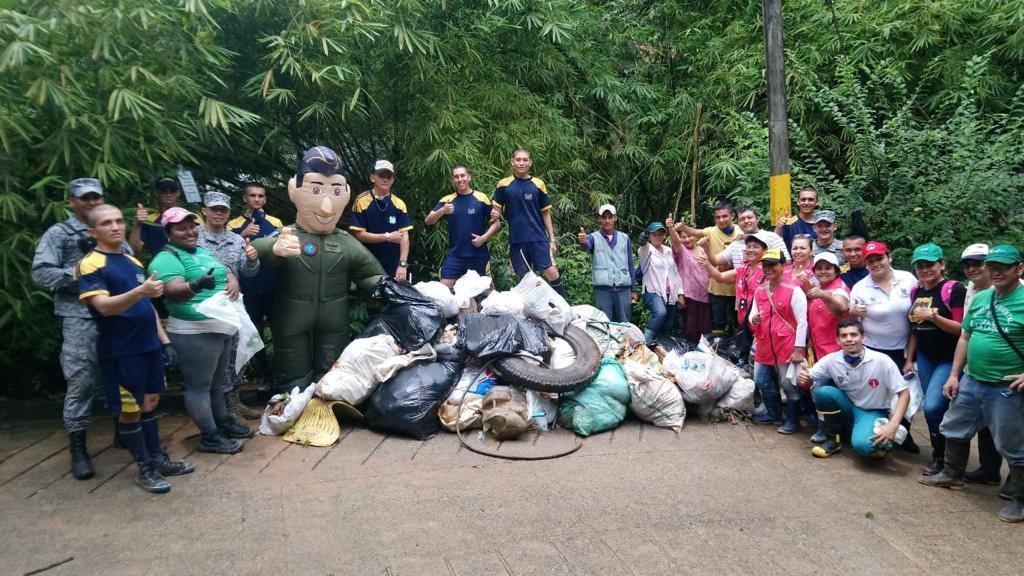 Fuerza Aérea Colombiana, comprometida con el medio ambiente y la protección de los recursos