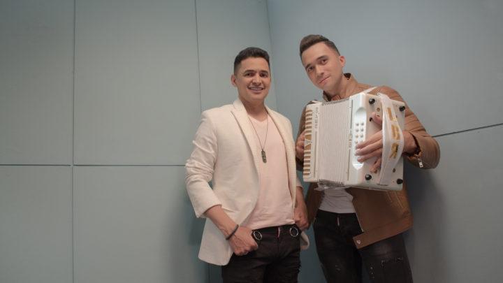 """Jorge Celedón """"ACÉRCATE AL AMOR"""" un éxito en toda Colombia"""