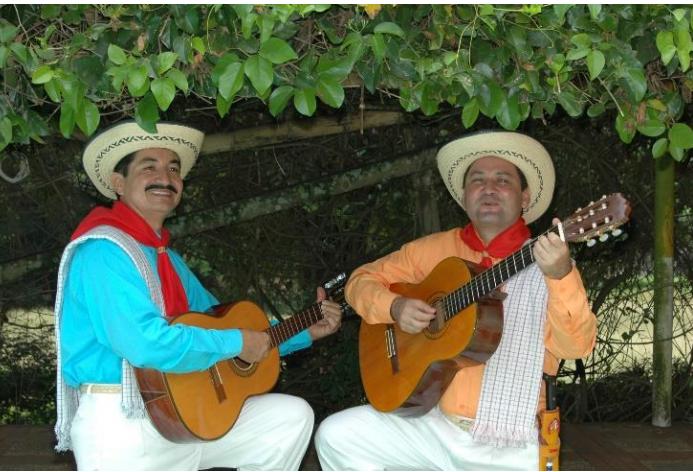"""Dueto """"ROJAS Y MOSQUERA"""""""