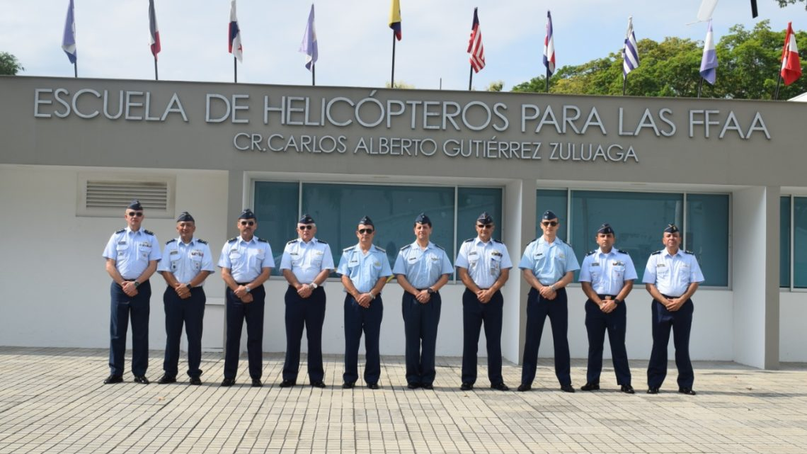 Jefes de Estado Mayor de la Fuerza Aérea Argentina y Fuerza Aérea Colombiana visitaron la Escuela de Helicópteros para las Fuerzas Armadas