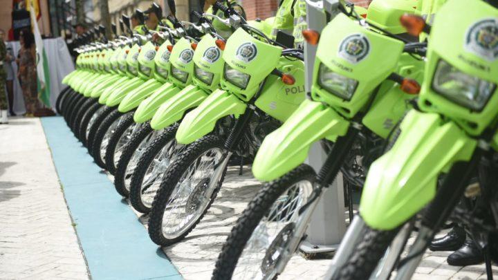 Ibaguè estrena motocicletas y buseta a la Policía Metropolitana y Ejército Nacional