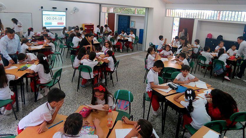 """Mejorar la calidad educativa para los ibaguereños"""": Alcalde Andrés Hurtado."""