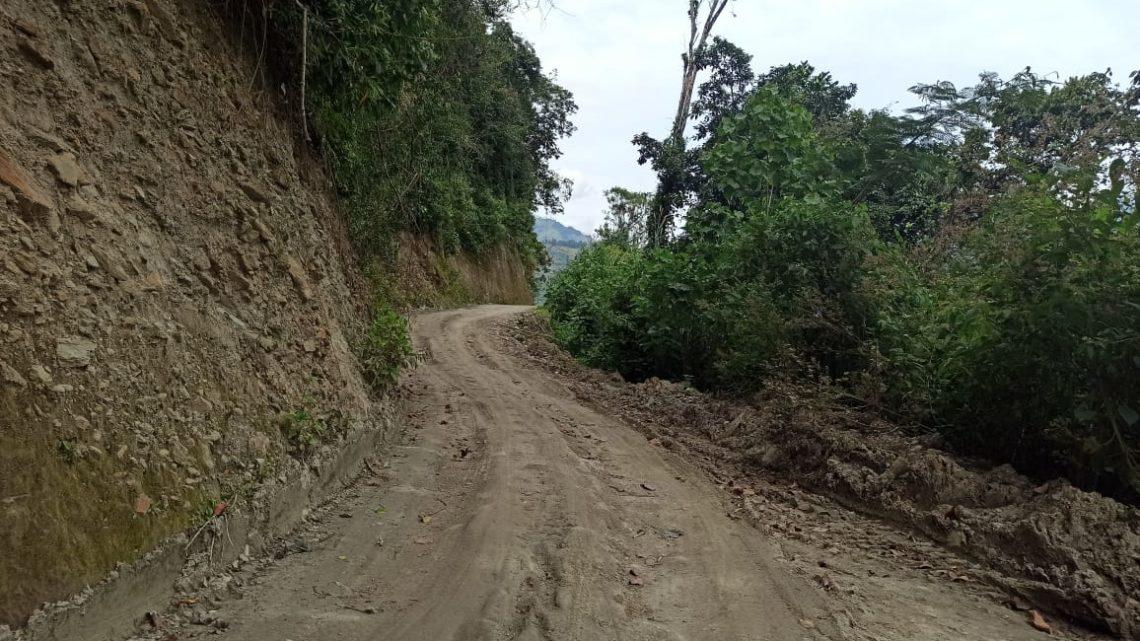 Alcaldía habilita vía alterna entre Tapias e Ibagué por obras de alcantarillado.