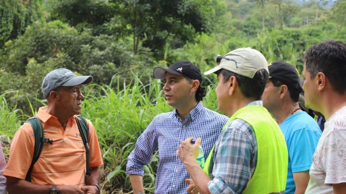 Alcaldia de Ibagué atiende emergencia en sector, La Vega