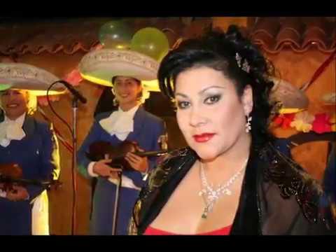 PATRICIA DEL VALLE 30 años cantándole a Colombia.