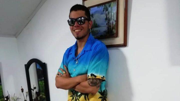 Cruz Roja Colombiana Tolima, localizaron al joven Daniel Jiménez en  Nevado del Tolima.