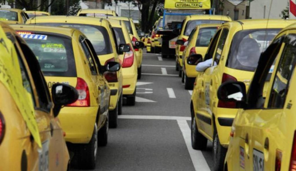'Mancha Amarilla' expusieron sus problemáticas al alcalde Andrés Hurtado.