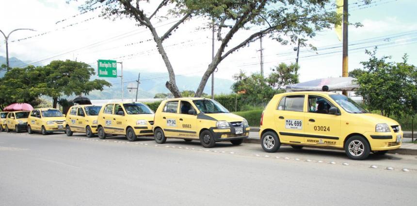 Agentes de tránsito acompañarán movilizaciones de taxistas