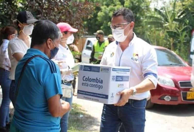 En El Espinal empieza entrega de kits nutricionales y de aseo