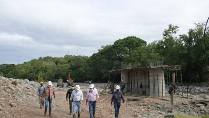 Turistas: avances en las  obras del Puente San Luis – Coello en Gualanday-Tolima