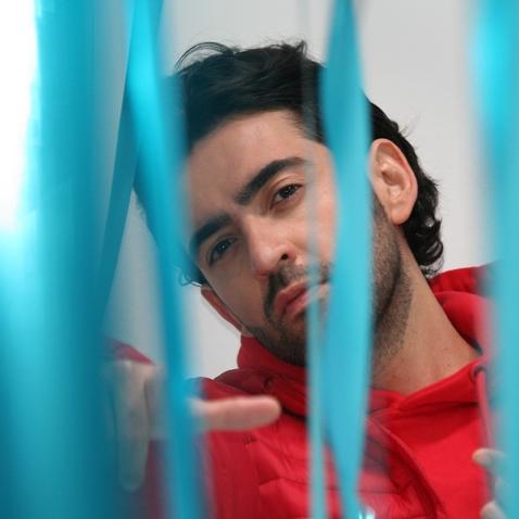 """Los """"Placeres Culposos"""" del artista colombiano Alejandro González"""