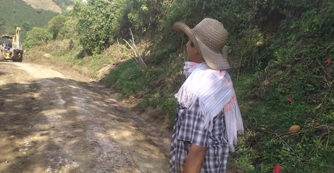 China Alta beneficia 80 las familias campesinas con obras .