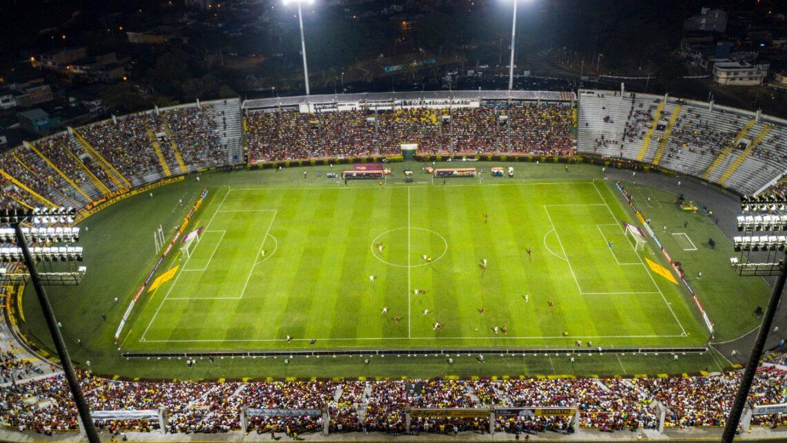 Turistas: Estadio Manuel Murillo Toro tendrá adecuaciones