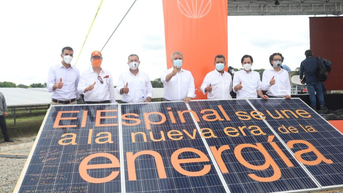 Celsia inaugura en El Espinal la primera granja solar en Tolima