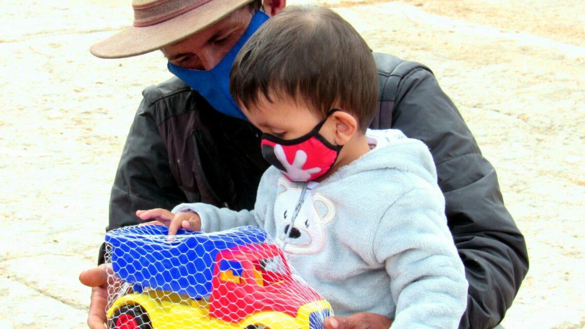 'Humanizarte' regaló sonrisas a 250 niños de la zona rural Ibaguè