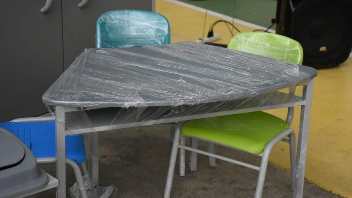 Turistas: Tolima entrega mobiliario sedes educativas.
