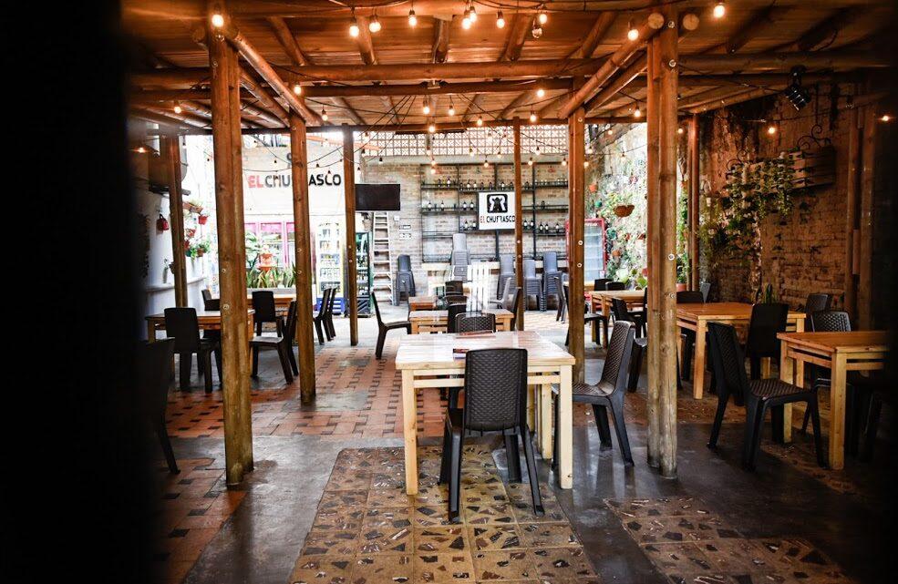 Turistas:  Ampliación del piloto para consumo de licor en bares y restaurantes