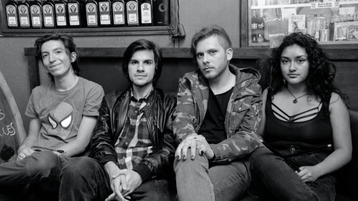 La banda de indie rock colombiana Perlas Finas presenta 'Enajenados'