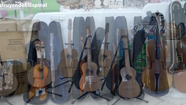 Turistas: Espinal se invierten 150 millones  en instrumentos y trajes de danza folclórica  formación.