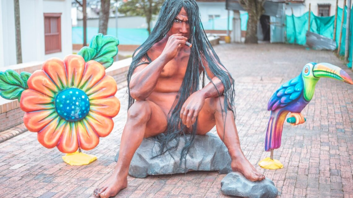 Turistas:  Convocatoria para artistas plásticos que deseen diseñar figuras folclóricas