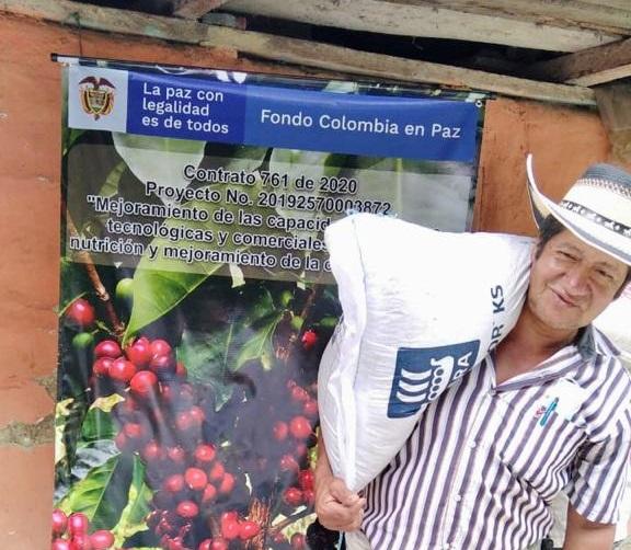 Turistas: Café sostenible,en un pueblo indígena pijao en el PDET Sur del Tolima