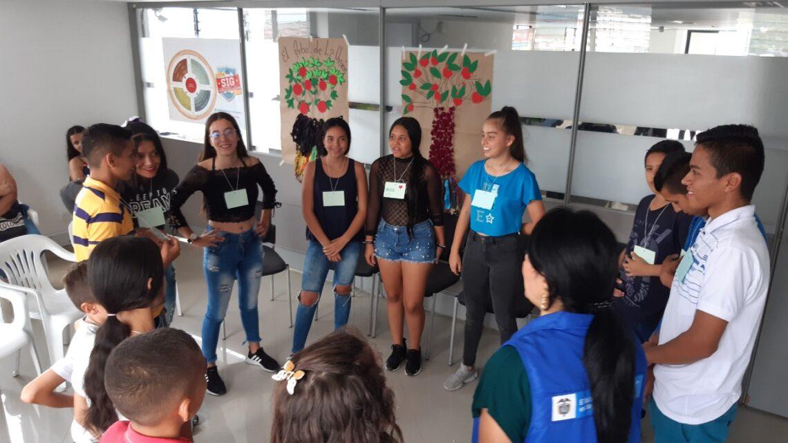 Turistas: Jóvenes víctimas de Tolima y Boyacá recibieron orientación por parte de la Unidad