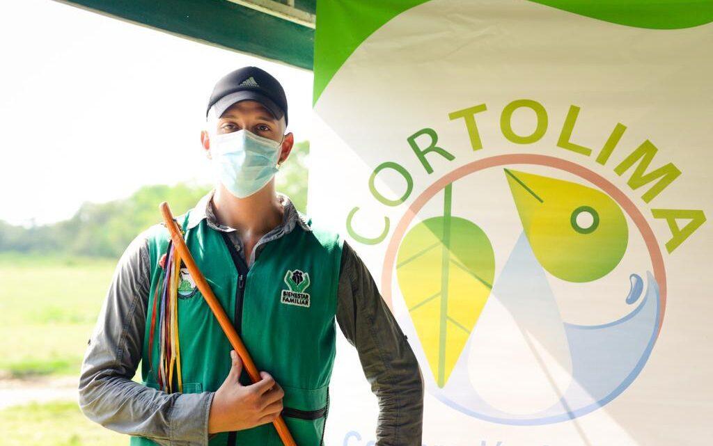 """Turistas: """"Guardianes de la Tierra"""" el reconocimiento que entrega CORTOLIMA"""