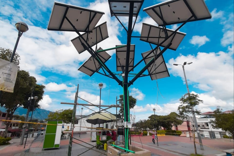 Turistas: Ibague contarán con un moderno árbol solar de energía renovable