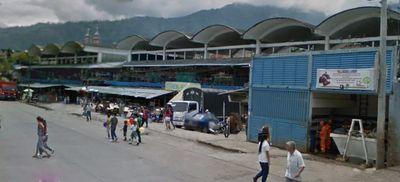 Turistas: Ibaguè 300 comerciantes de la plaza de mercado La 21 fueron vacunados contra el Covid-19