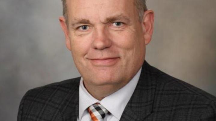 DAVID L. MURRAY, MD, PH.D Médico, Consultor, de Bioquímica Clínica e Inmunología EE.UU. Presente en Ibaguè
